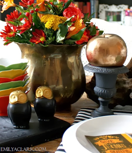 black and gold Thanksgiving table setting