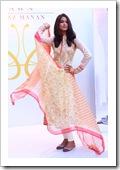 Crescent-Summer-Lawn-By-Faraz-Manaan-In-Karachi-Fashion-Show-2012-12