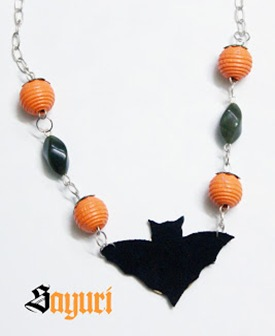 halloween-beaded-bat-necklace