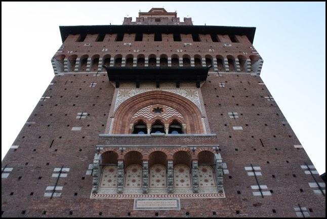 Torre del Filarete from Piazza delle Armi