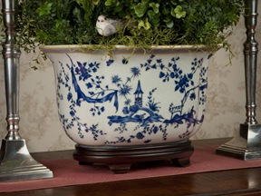 oval Asian blue and white planter