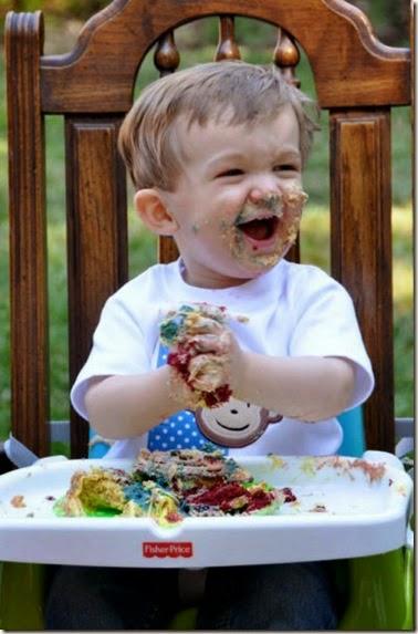 kids-enjoying-food-021
