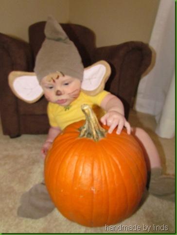 eli's first halloween 003
