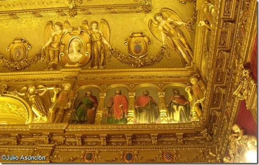Salón del Trono del Palacio de Navarra