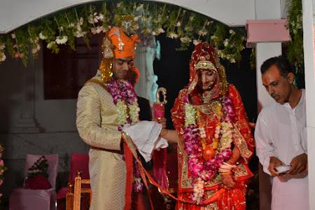 Ceremonia religioasa la nunti in India