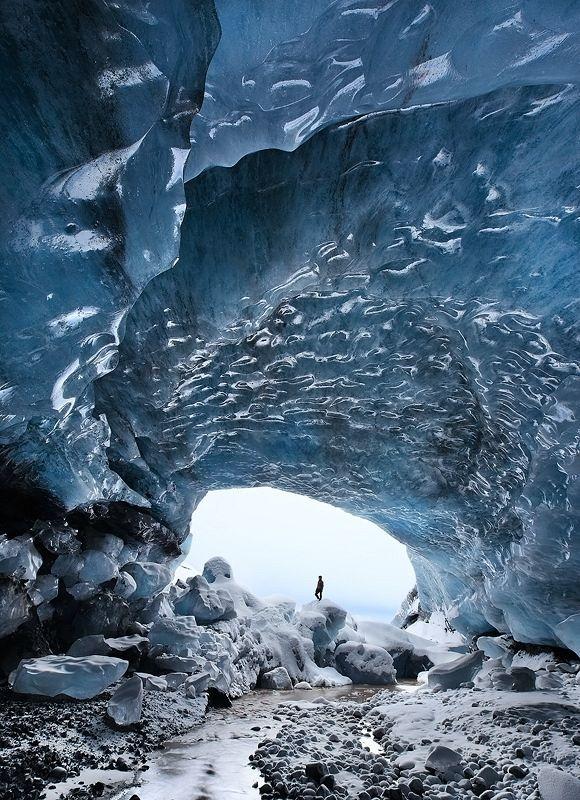 Skaftafell-ice-cave-0