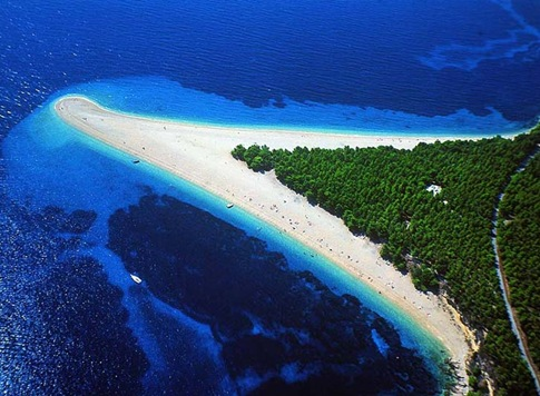 Zlatni rat beach