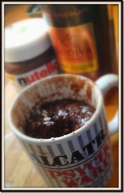 Nutella-mug-cake-chocolate