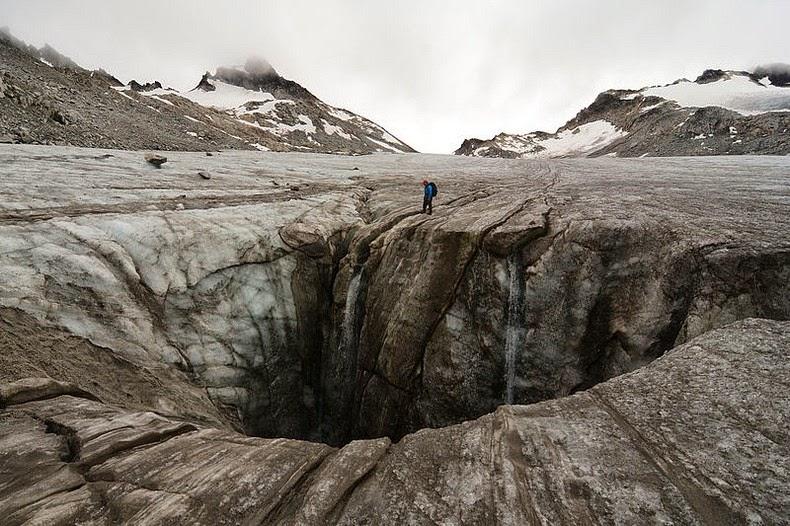 moulin-glacier-3