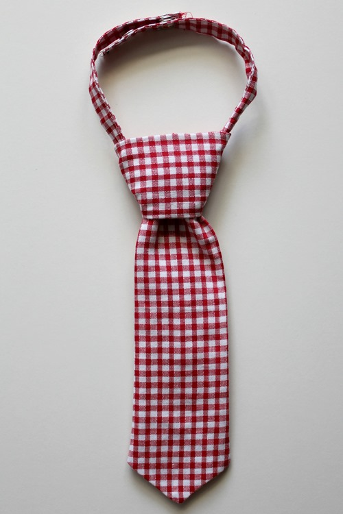 tie red check