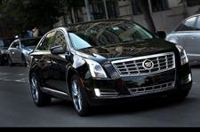 2013-Cadillac-XTS-01
