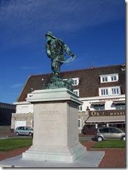 2013.05.05-008 monument aux sauveteurs