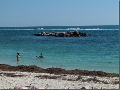 snorkeling beach at fort zachary taylor sp