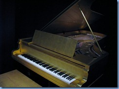 9552 Nashville, Tennessee - Discover Nashville Tour - downtown Nashville - Country Music Hall of Fame and Museum - memorabilia - Elvis Presley's Gold Piano