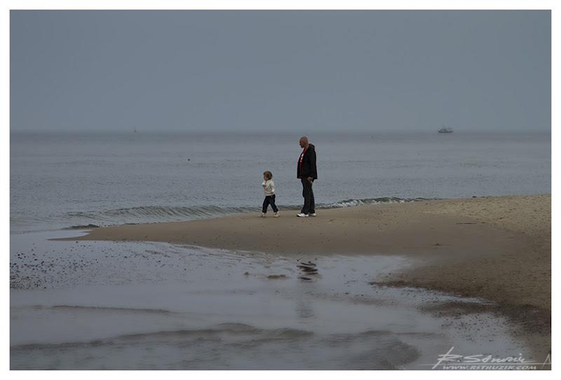 ?Władysławowo. Pierwszy dzień nad morzem. Aura może i niesprzyjająca, ale... cholera... pierwszy dzień nad morzem. Marzenie.