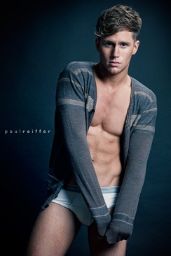Sam-Kneen-by-photographer-Paul-Reiffer-03