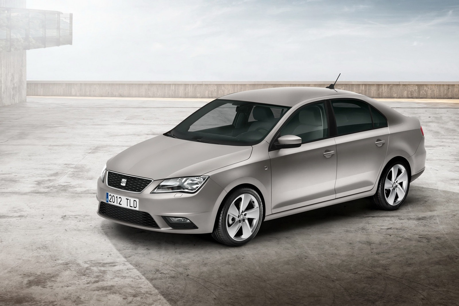 2013-Seat-Toledo-Sedan-Official-4.jpg?imgmax=1800