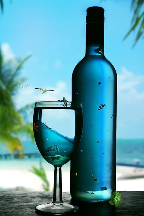 14. Crear un mundo acuático en una copa de cristal