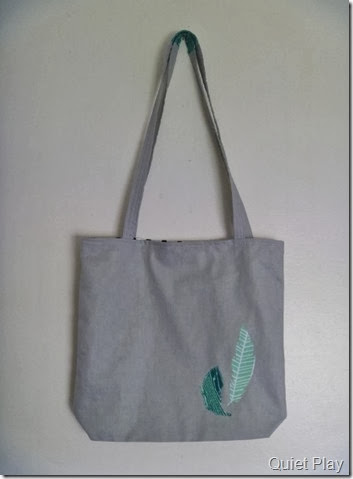 Feathers Tote
