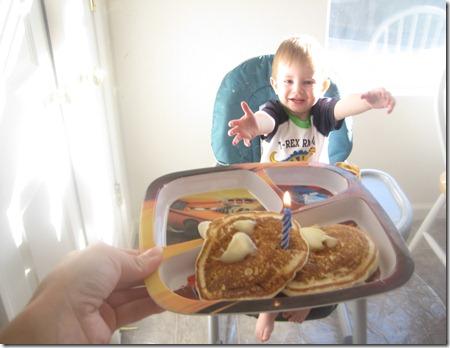 09 01 12 - Brayden's 2nd Birthday! (7)