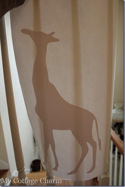 vinyl giraffe