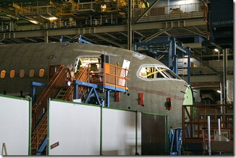 800px-Boeing_787_Section_41_final_assembly