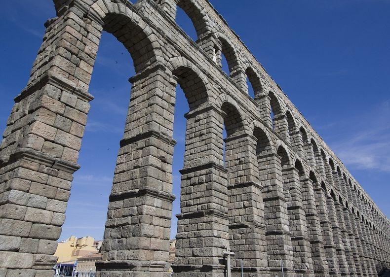 segovic-aqueduct-4