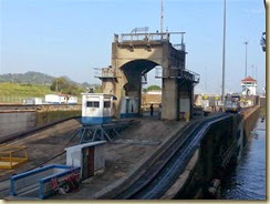 20140307_Miraflores Locks I 1 (Small)
