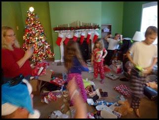 06e - Christmas Blurrr