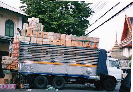 255. camioane Thailanda.jpg