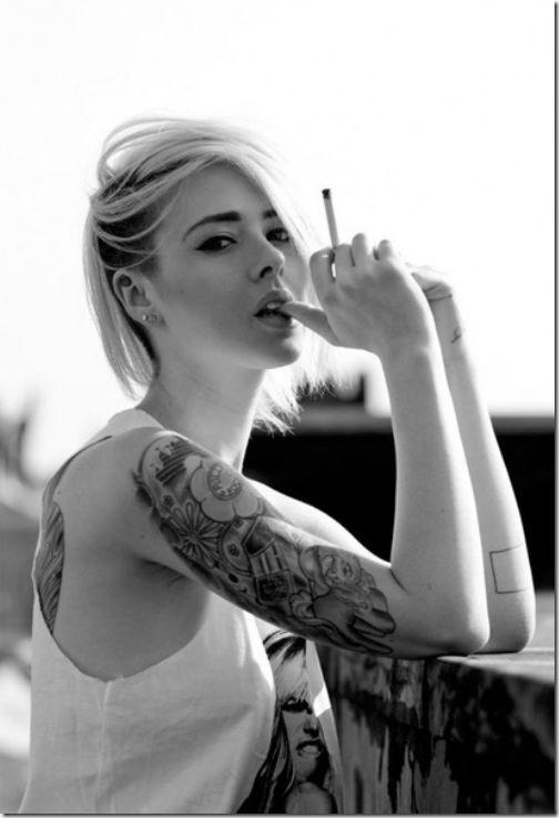 hot-girls-tattoo-36