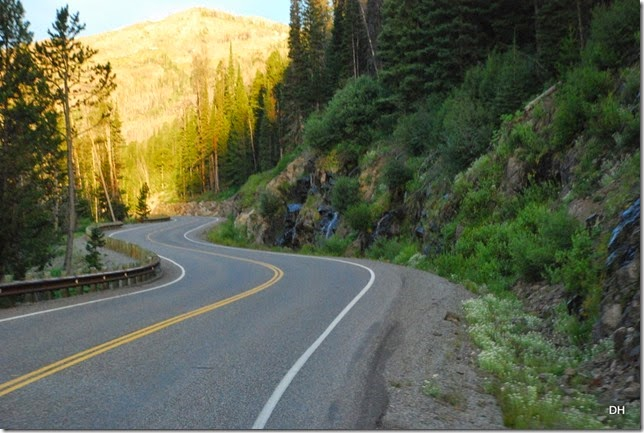 07-30-14 A Travel from E to W Yellowstone (35)
