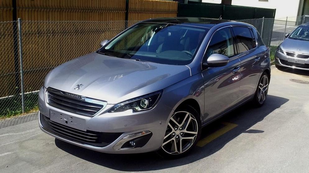 2014-Peugeot-308.jpg