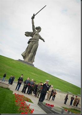 battle-of-stalingrad-war-memorial-mother-russia