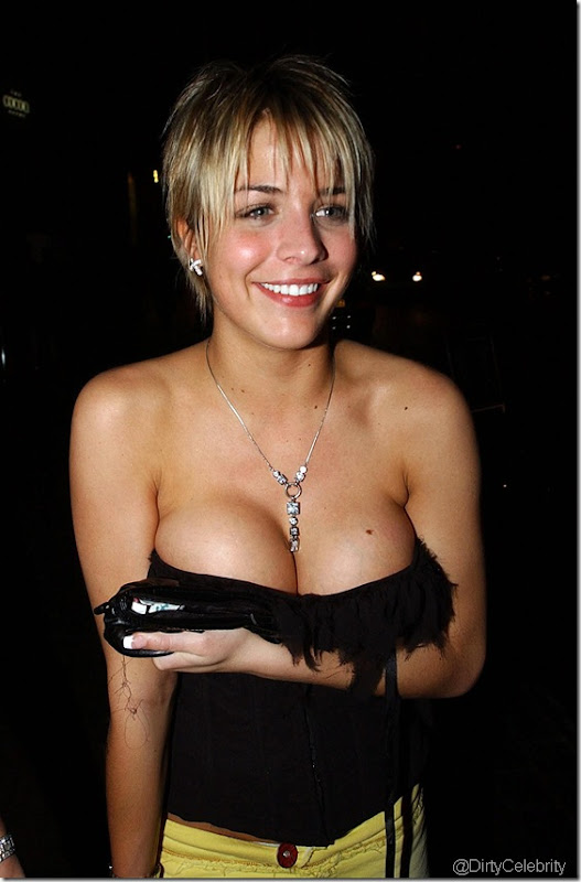 gemma-atkinson-downblouse-2