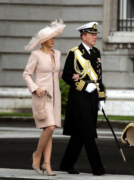 La princesa Máxima, acompañada por su marido, Guillermo de Holanda,