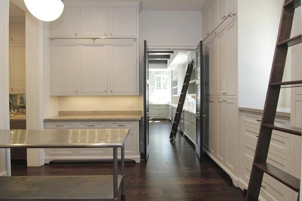 butler's pantry via La Dolce Vita