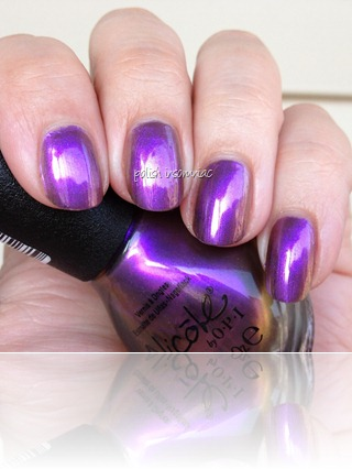 Nicole by OPI Iris My Case 3