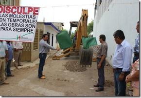 22-05-2013 inicio de obra pavimentacion en chaucingo 2