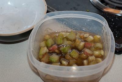 RhubarbCupcakes (6 of 6).jpg