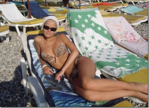bikini-girls-summer-c8f3ac