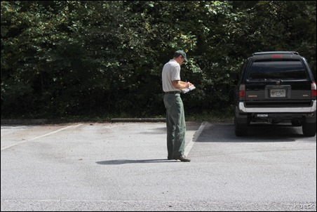 ranger giving ticket at Desoto Falls