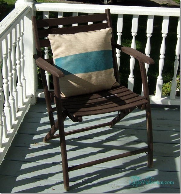 Teal striped inexpensive cheap DIY spray painted outdoor pillow