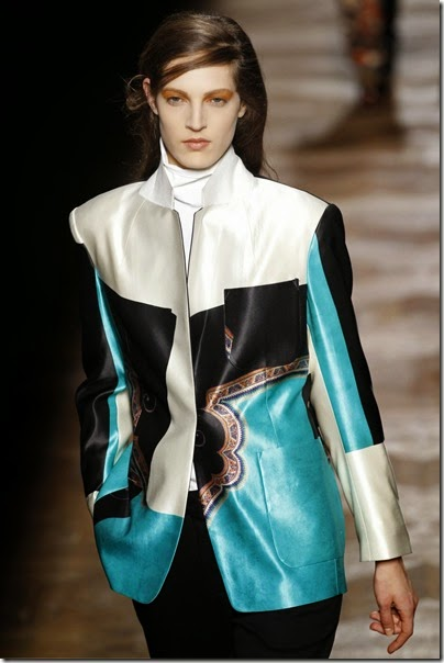 dries-van-noten-looks-east-paris-fashion-week-collection
