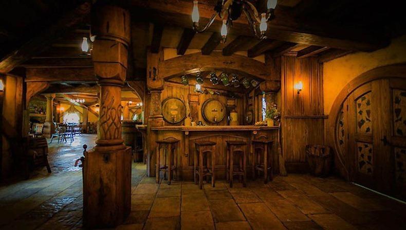 hobbit-bar-3