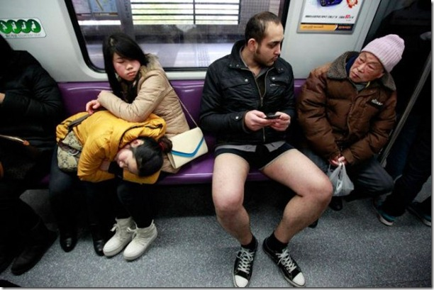 no-pants-subway-ride-10