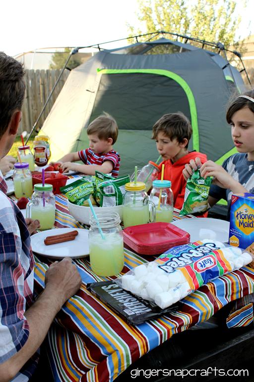 eating outside #shop