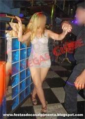 Sra Pimenta com stripper Rafael Azeredo
