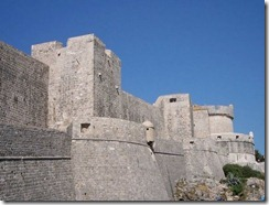 castle-wall-picture