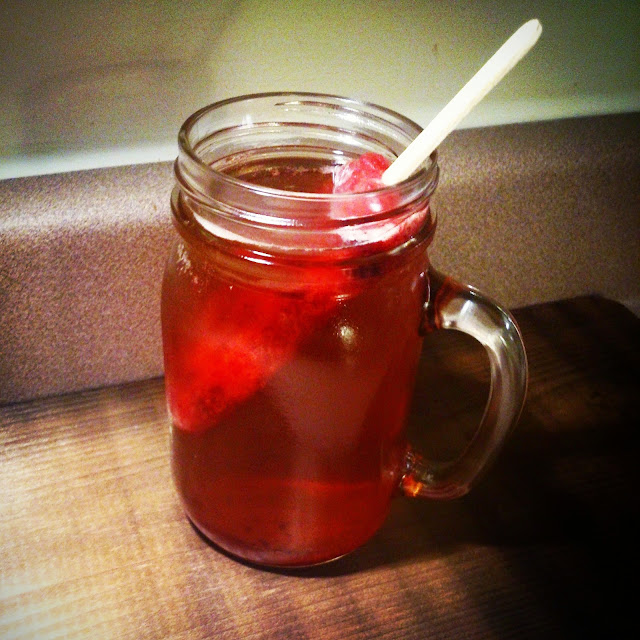Vendredi Joyeux: thé popcerise glacé!  #TGIF #HAPPYHOUR